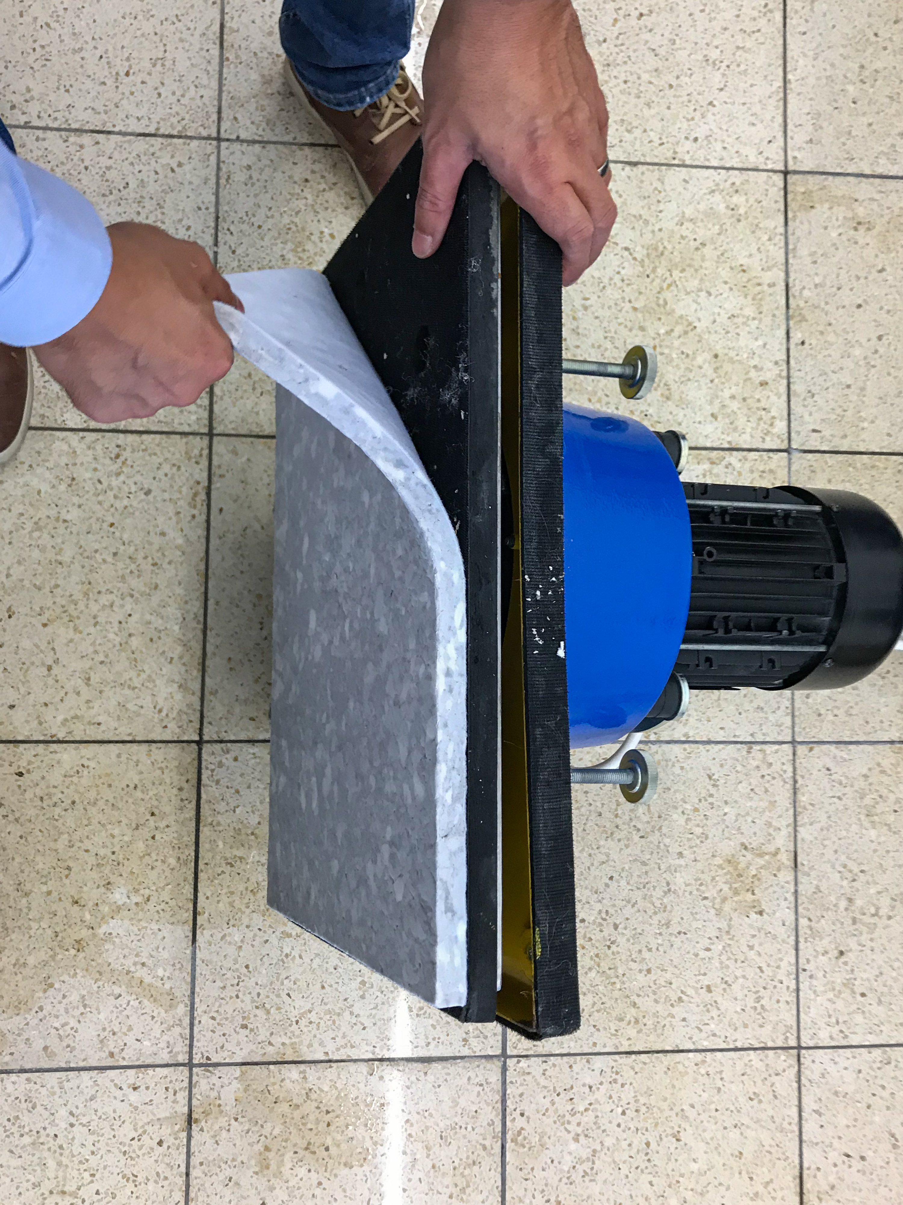 innovative cleaning pads available for orbital / excentric machines available